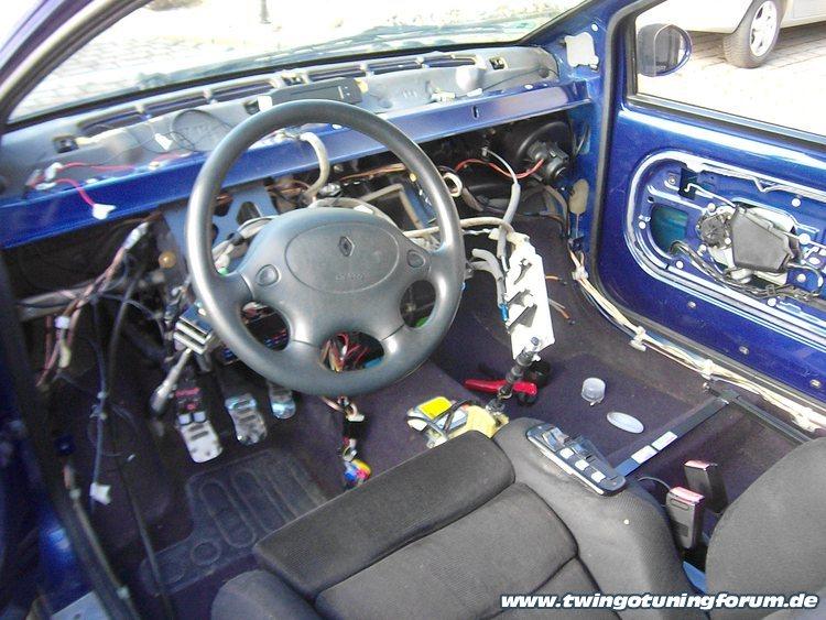 audi a4 b5 airbag steuerger t ausbauen anleitung technische eigenschaften von autos. Black Bedroom Furniture Sets. Home Design Ideas